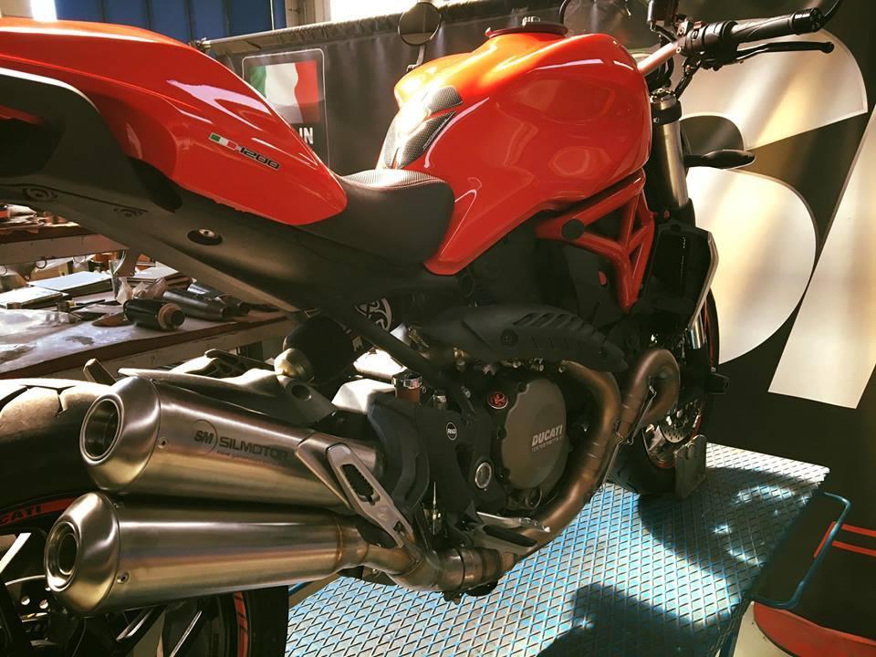 Ducati monster 1200 double megaphone 1